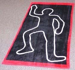 Полотенце с очертаниями crime scene