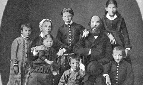 Семья Ульяновых - еще все живы