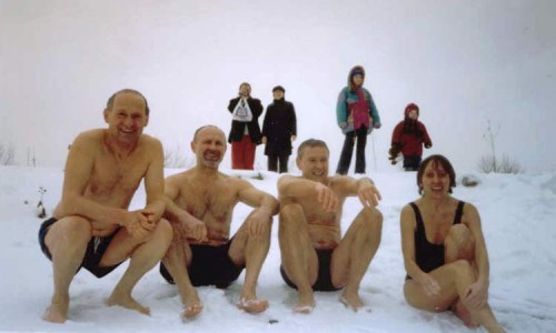 """Моржи"" из Торонто (Канада, winterswim.com)."