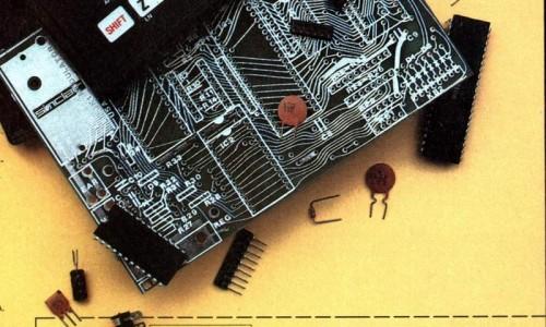 Персональный компактный компьютер Sinclair ZX81. 1982 год.