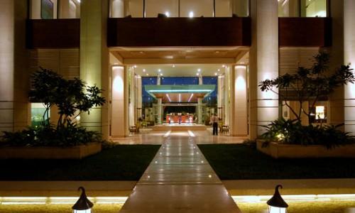 Семизвездочный ITC Royal Gardenia в Индии.