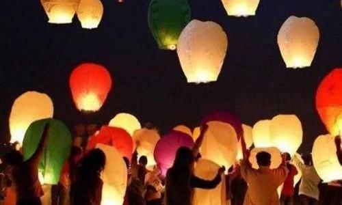 Фестиваль запуска небесных фонариков на Филиппинах. 2011 год.