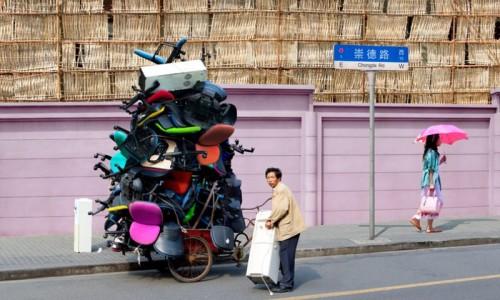 Ален Делорм. Тотемы китайской экономики. Шанхай, 2012 год.